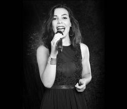Chanteuse Pop RNB : Alexiane