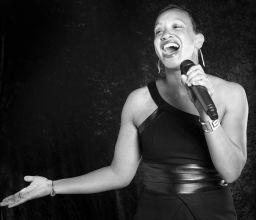 Chanteuse Soul Gospel : Stefany